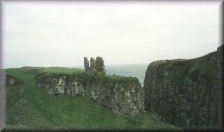 0300dunseverick_castle_320-6763378
